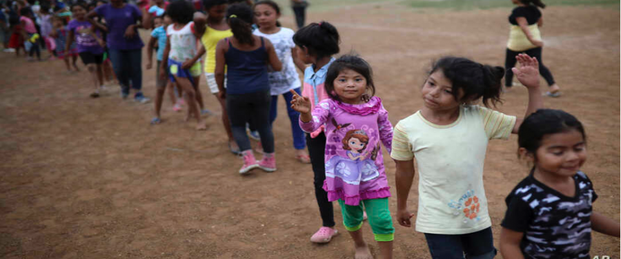 666 migrant children unable to find parents, say US lawyers